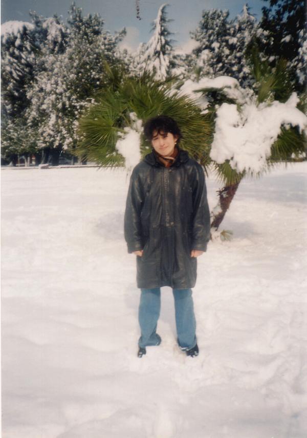 Под снежной пальмой. Батуми, зима-2004