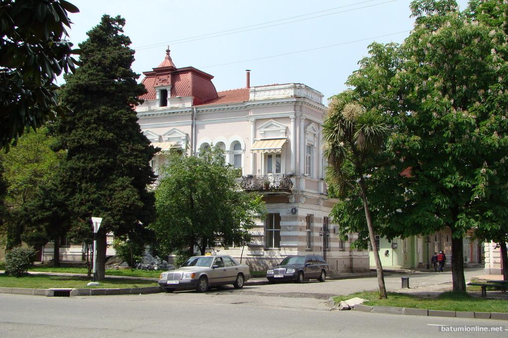 Улица Гогебашвили