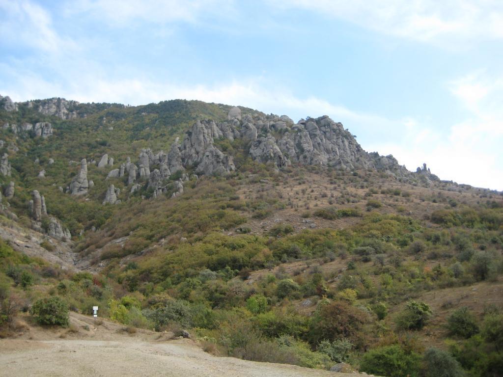 долина Приведений (гора Димерджи)