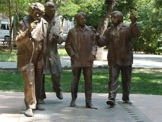 Памятник героям замечательного фильма ,,Мужчины''
