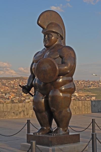 Ереванцы столько прикалывались над ''ним'',