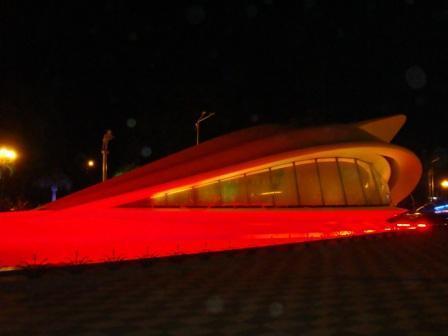 а это батумское нечто ночью