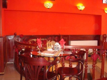 кафе на Руставели в Тбилиси