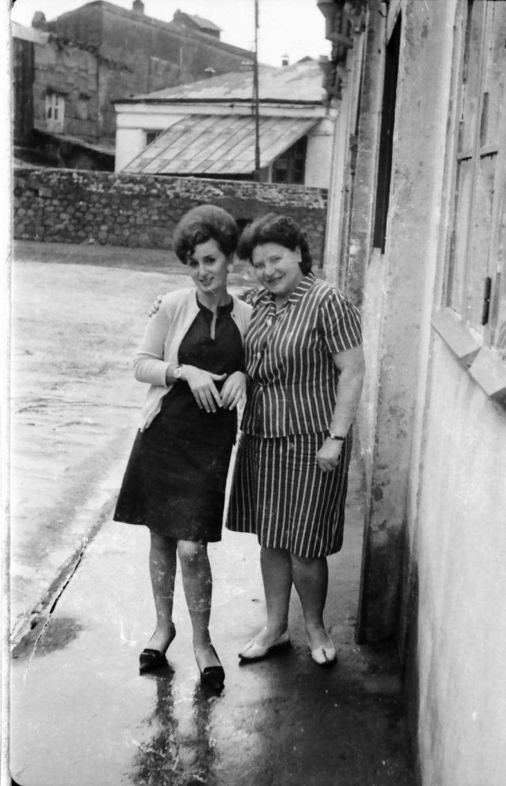 женщины с ул. Розы Люксембург