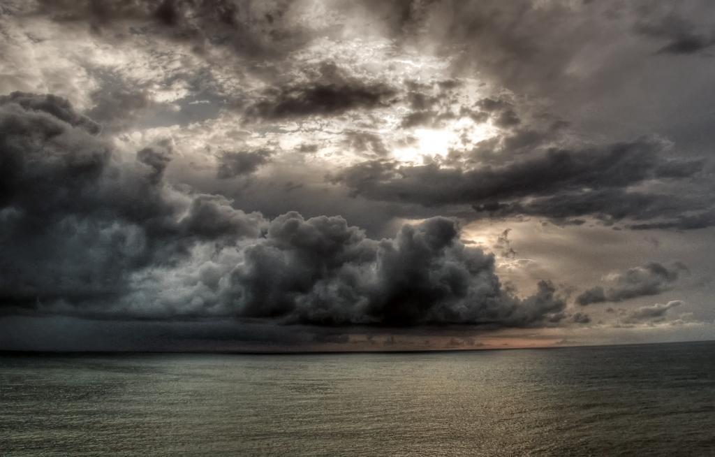Кобулети, перед дождём