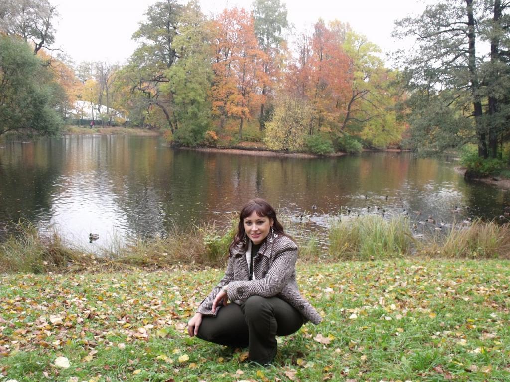 Елагин остров, Санкт-Петербург , 9 октября 2010.jpg