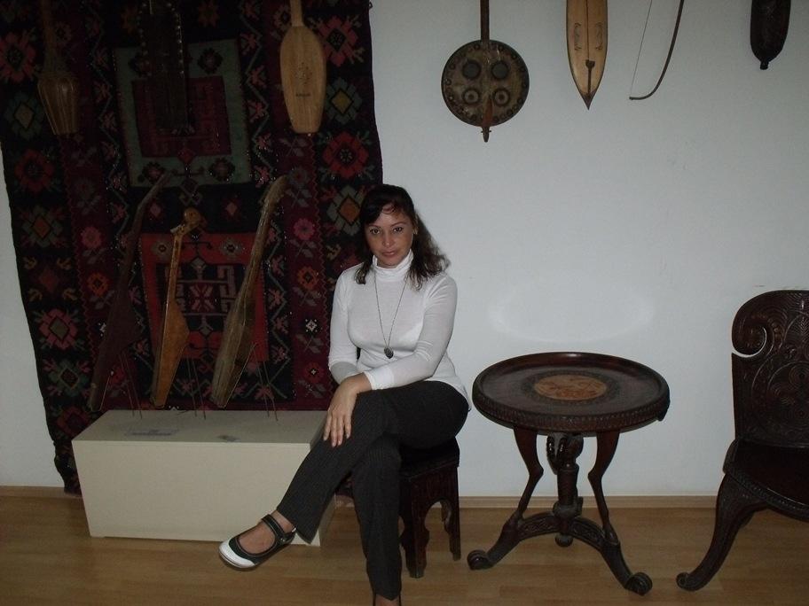 В музее (Тбилиси, октябрь 2011)