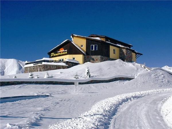 Ski House Panorama